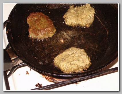 (that skillet has since gone bye bye--not more teflon flakes in our food)